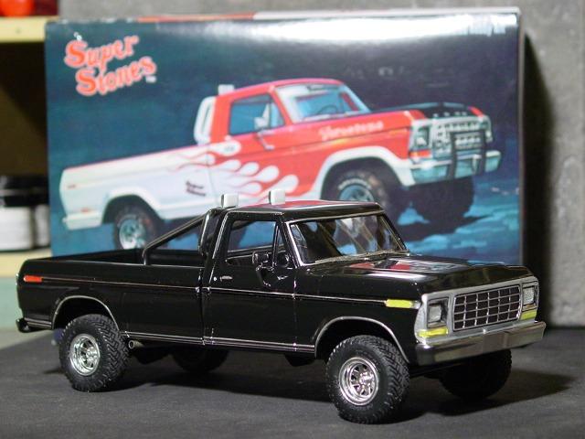 Ford Firestone Pickup Truck Model Kit Amt
